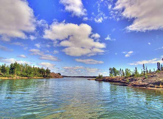 озеро с пресной водой Большое Невольничье.