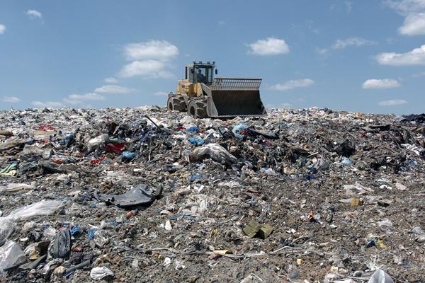 мусорная свалка фото