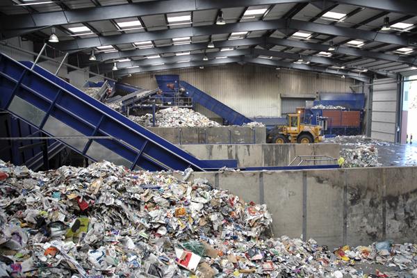 Сортировка мусорных отходов